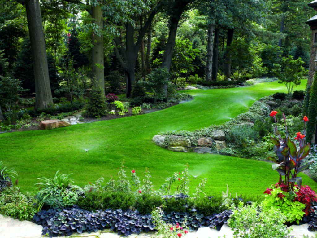 Členitý trávník vyžaduje vyšší množství trysek