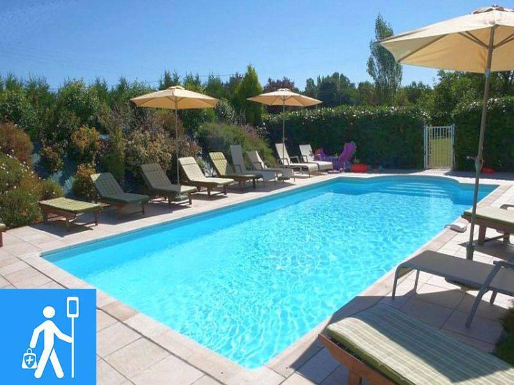 Údržba bazénů, nastavení PH, chlóru, jarní zprovoznění