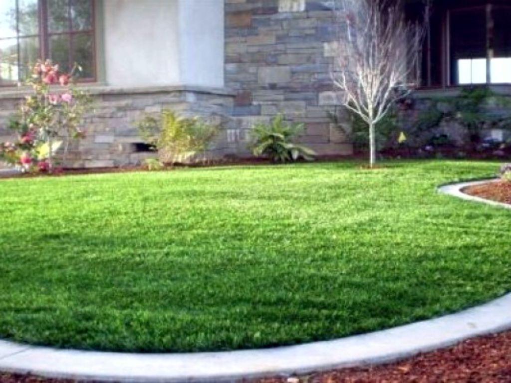 Aplikace umělého trávníku