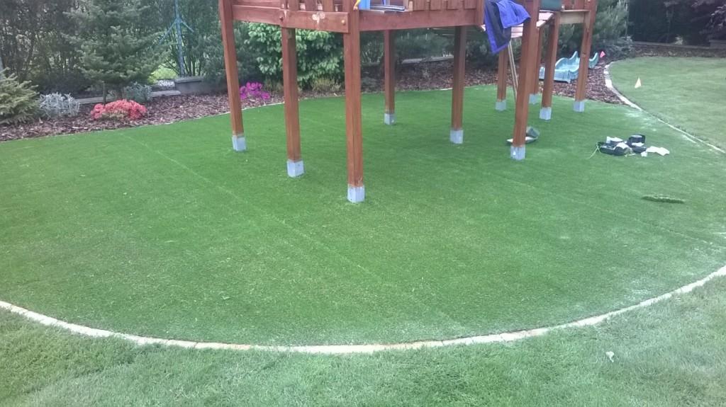 Umělý trávník pokládka