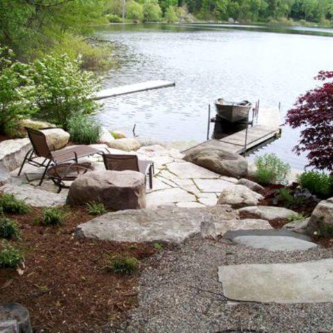 Vyřešení vstupu u zahrady k rybníku
